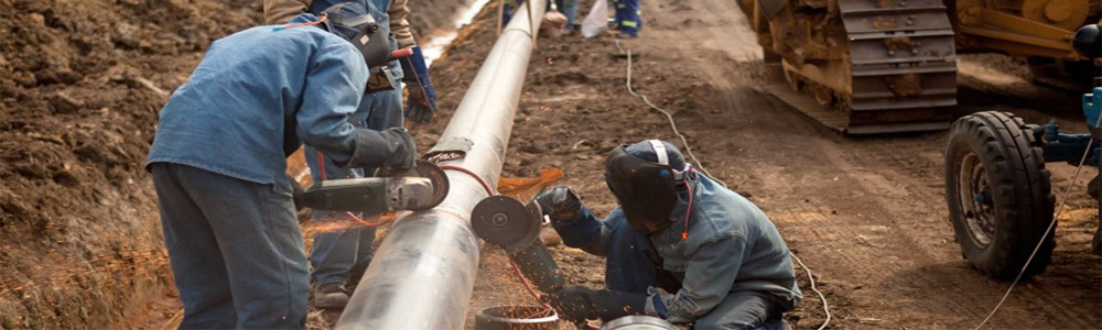 Pipelines - Oil & Gas